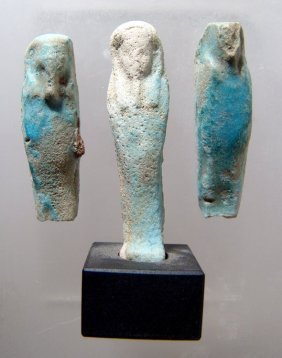 A lot of 3 faience ushabtis
