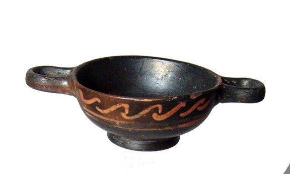 A miniature Xenon-ware cup