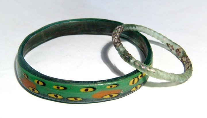 A pair of gorgeous Roman and Islamic glass bracelets
