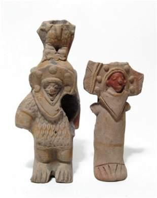 A lot of 2 Jamacoaque standing figures, Ecuador