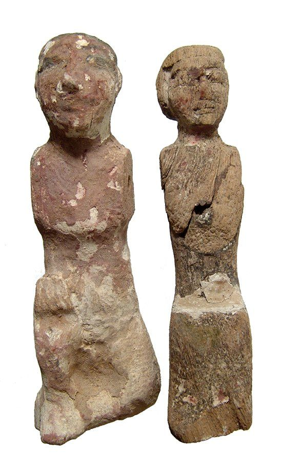 Pair of 2 Egyptian wood figures, Middle Kingdom