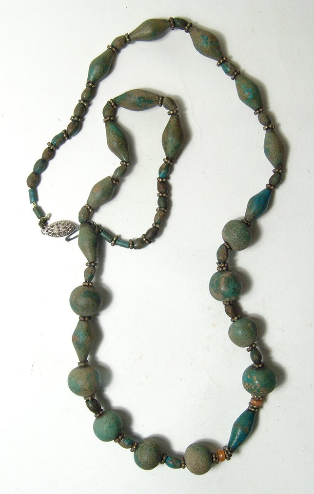 A choice Egyptian faience beaded necklace - 2
