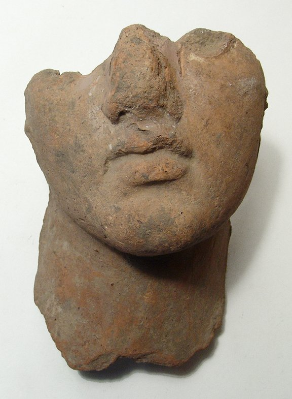 An attractive Hellenistic terracotta male portrait - 2