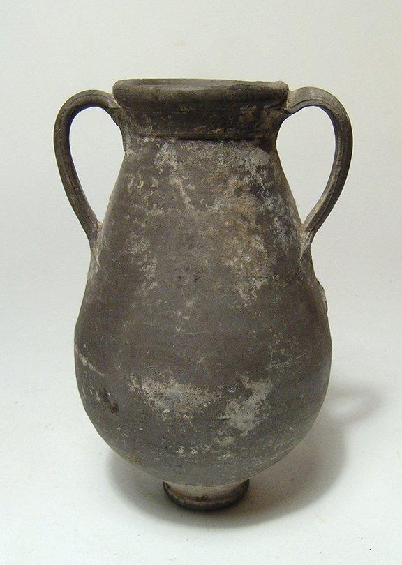 A Greek black-glazed amphora - 3