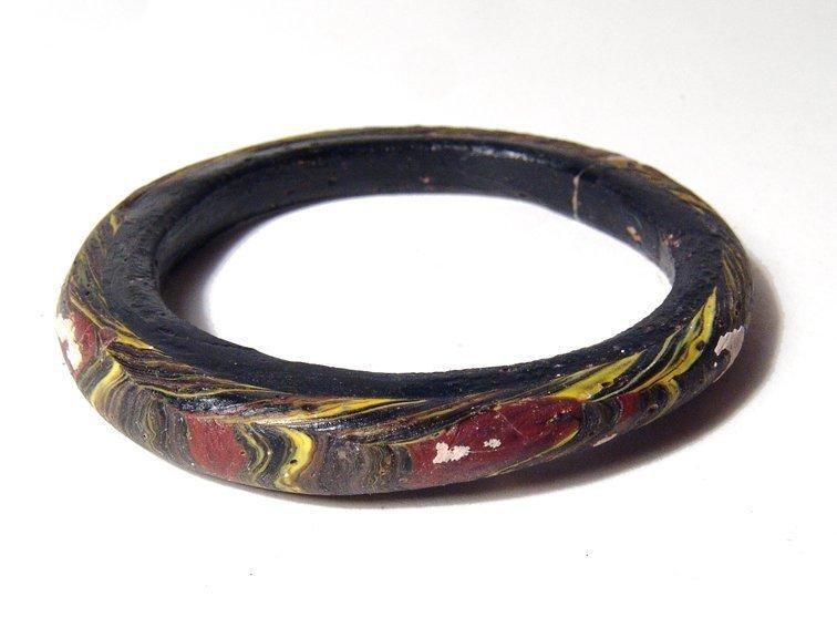 A nice multicolored Islamic glass bracelet - 3
