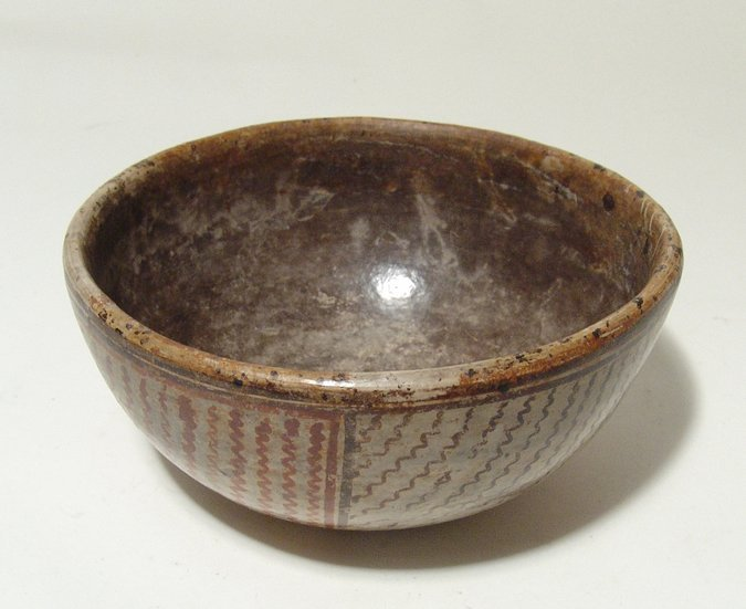 A lovely Chinesco polychrome bowl, Mexico - 4