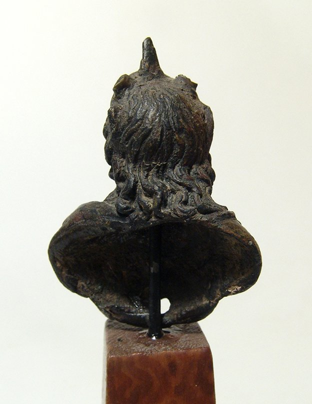 A handsome Roman bronze bust of the God Sol - 5