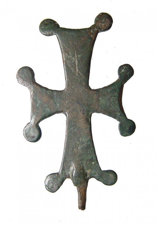 Byzantine bronze cross with Jesus or saint - 2