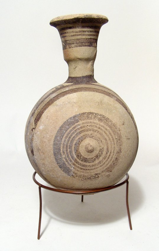 A decorative Cypriot bichrome canteen - 2