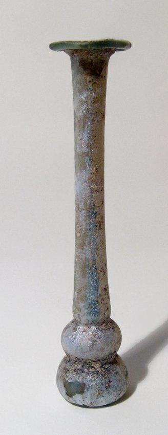 An elegant Roman light green glass unguentarium - 2
