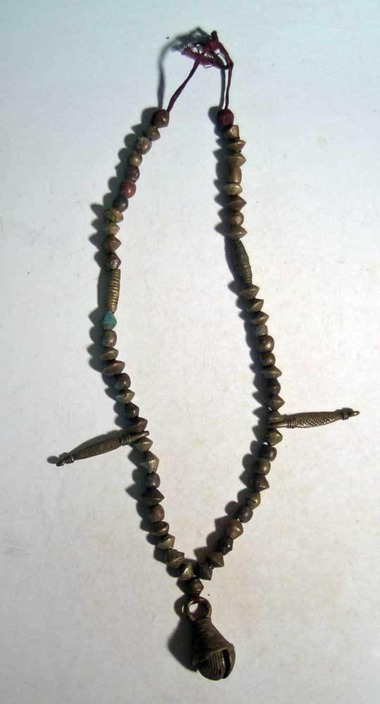 A superb bronze necklace from Nigeria - 2