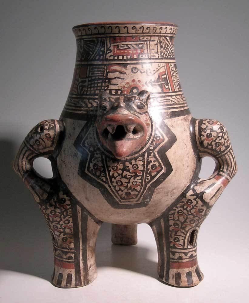 Excellent Nicoya Jaguar urn from Costa Rica