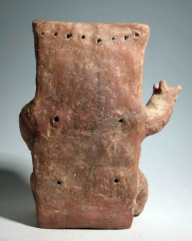 Quimbaya retablo figure from the Middle Cauca region - 3