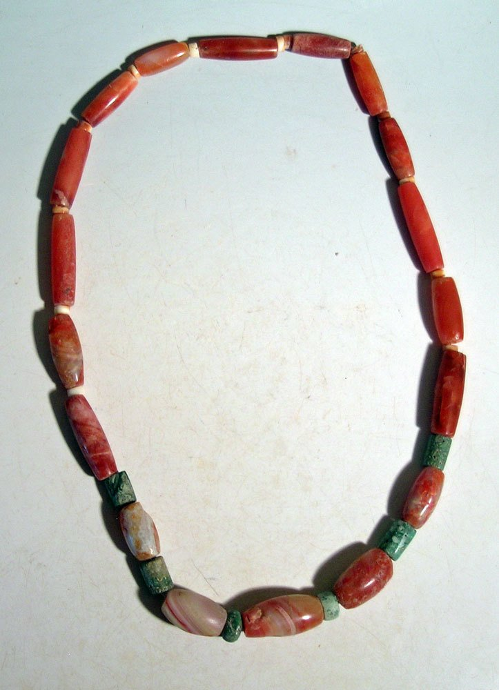 A beautiful Tairona necklace from Colombia - 2