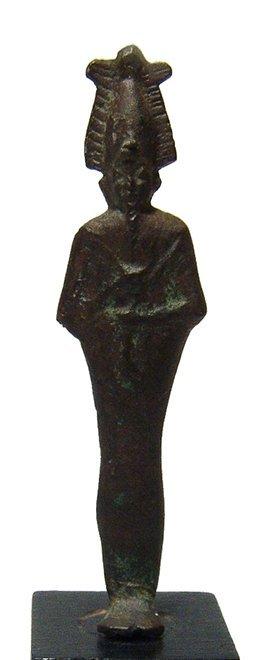An Egyptian bronze votive figure of Osiris - 3