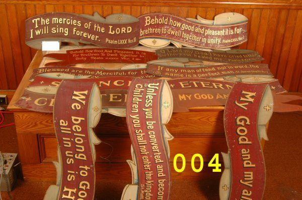 4: Painted tin sign lot