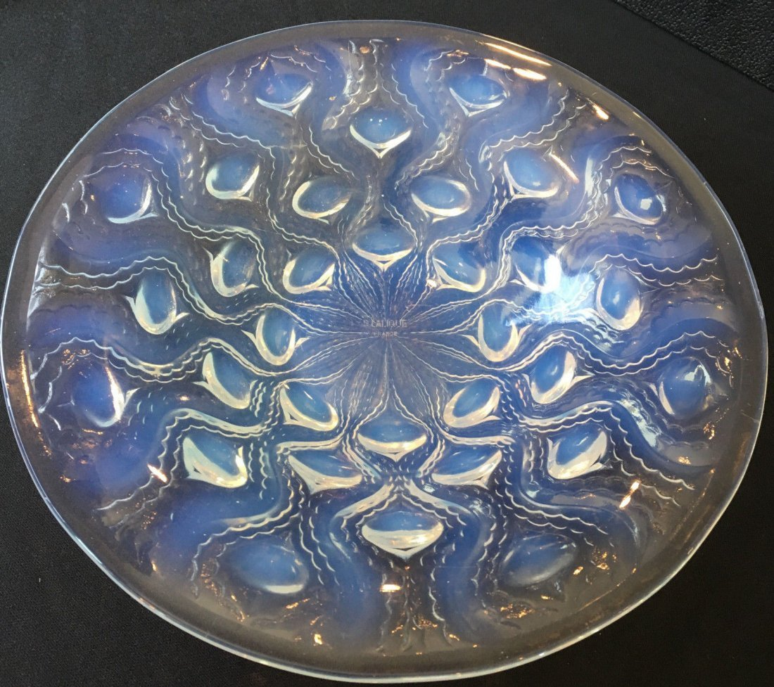 Peacock Lalique French Glass Bowl Bulbes Opalescent 10""