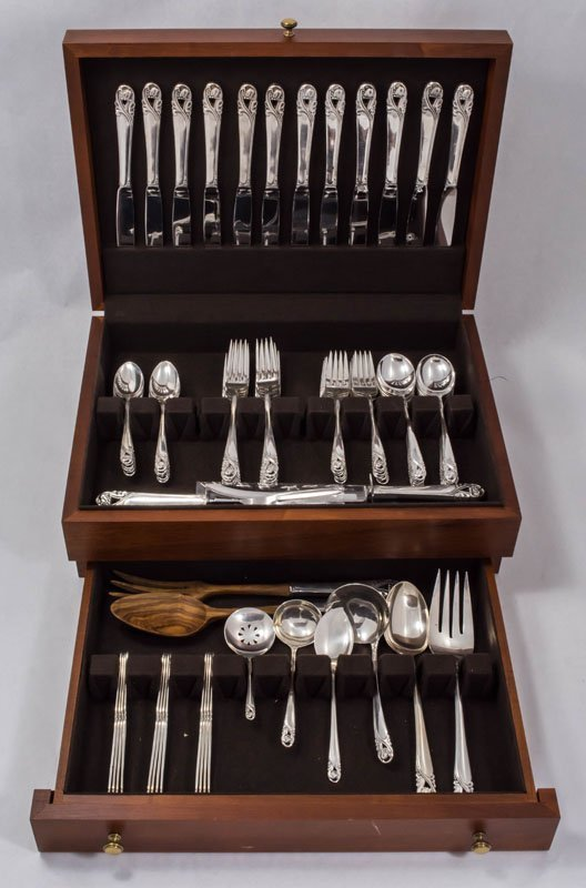 International Sterling Silver Set 81.33 ozt 73pc