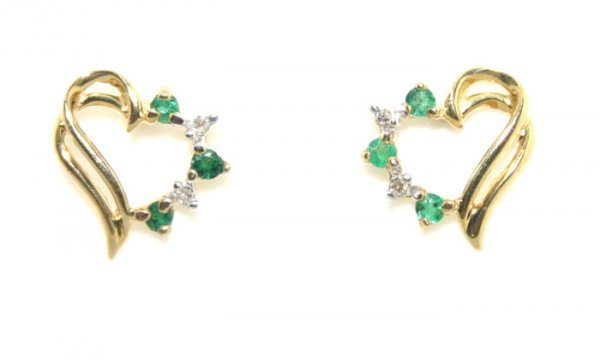 2: O.30CT Diamond Emerald Heart Gold Earrings