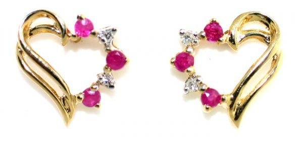 3: O.30CT Diamond Ruby Heart Gold Earrings