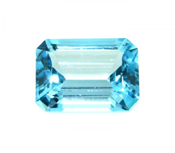 17: 12 CT Blue Topaz Loose Stone