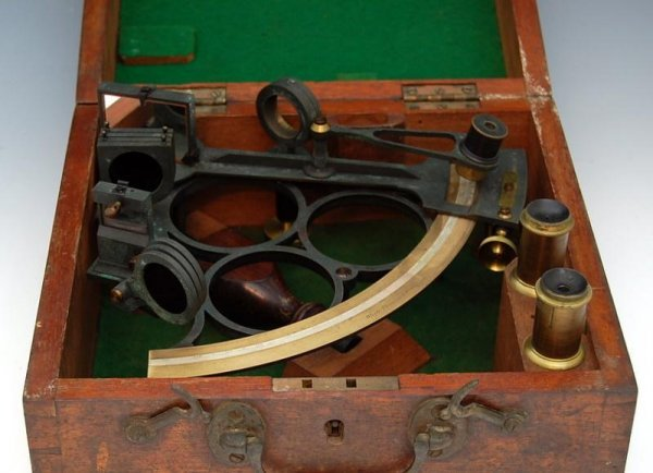 12: Sextant by Whyte Thomson & Co
