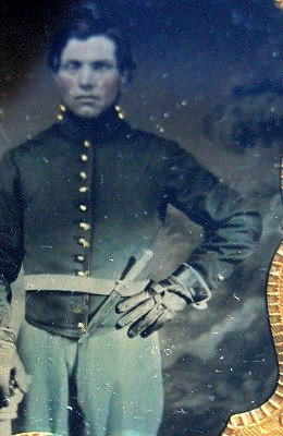 605: Tintype,Union soldier, bowie knife Tintype of a Un