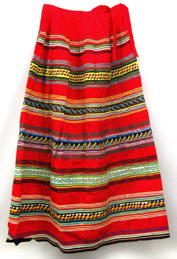 616: Seminole Indian Ladies Skirt Skirt made by Seminol