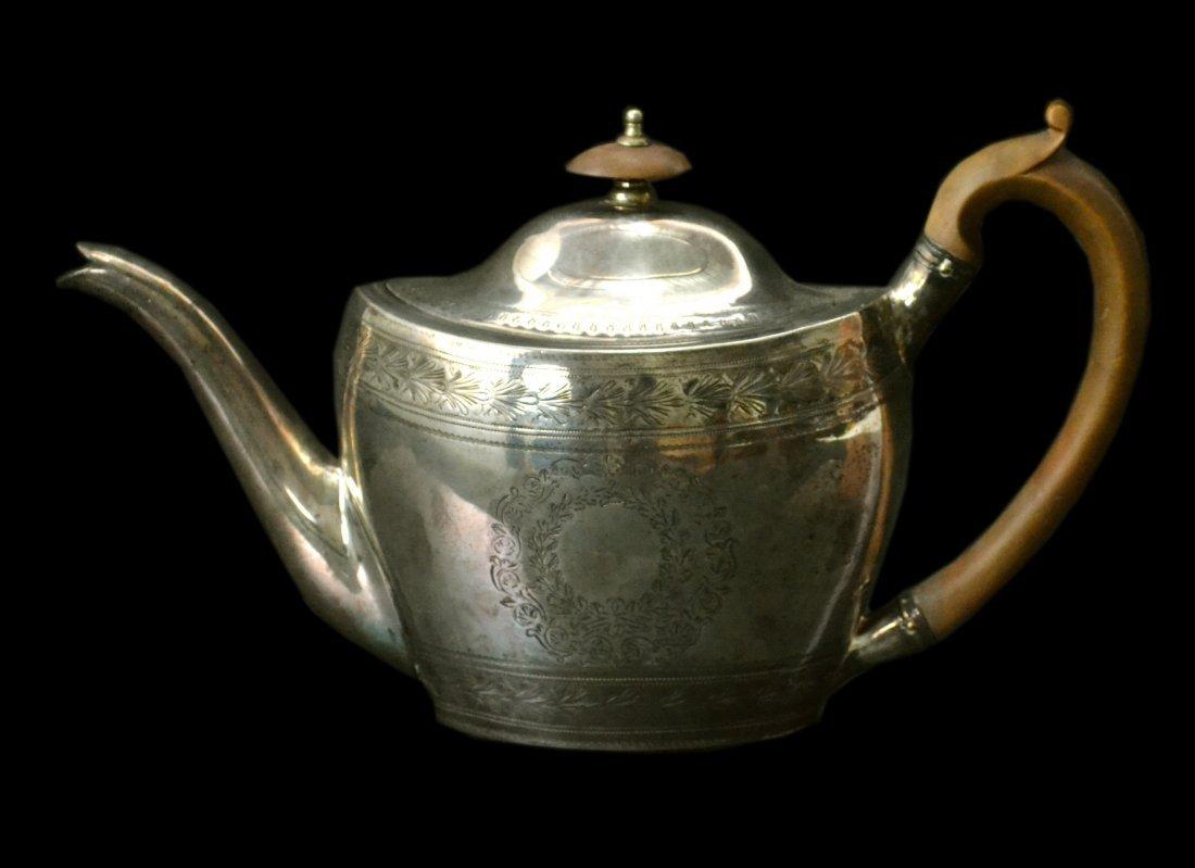 Teapot, Silver, Robert & David Hennell, 1797, 15 oz.
