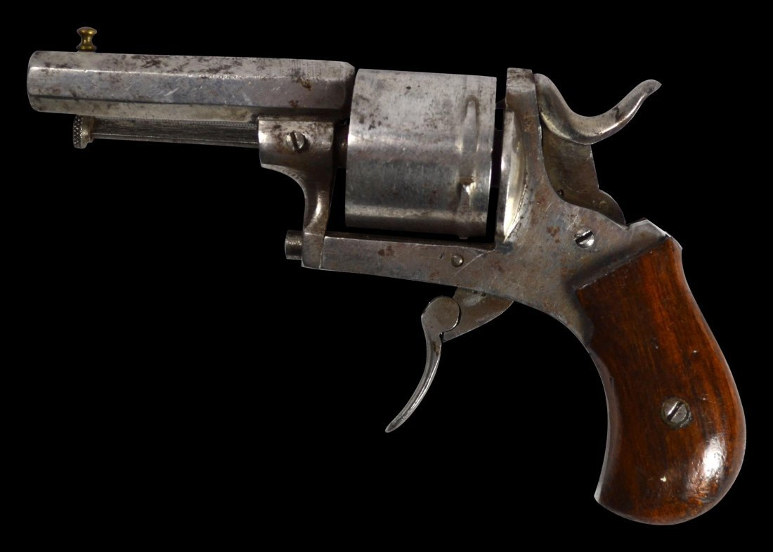 Pistol, folding trigger