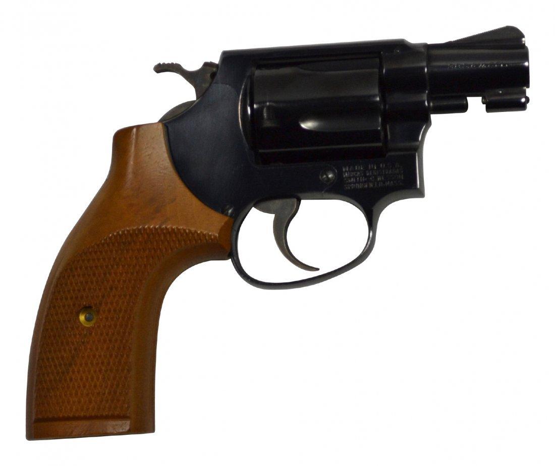 Pistol, S&W .38 special snub nose