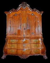 Bombe linen dress/ chest, c. 1750