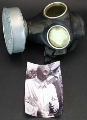 "Nazi German Civilian ""volksgasmaske 40""/gas Mask"