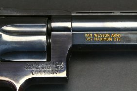 Dan Wesson .357 Magnum - Maximum Revolver