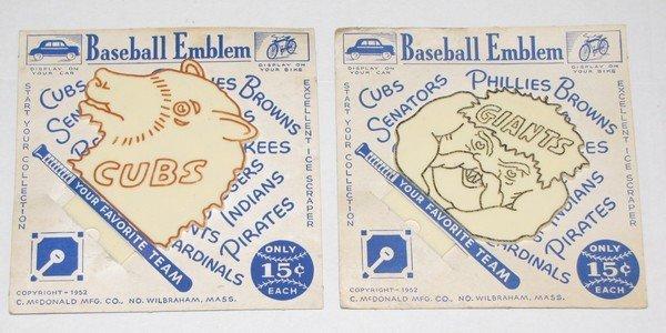 1002: PR 1952 Baseball Emblems Cubs & Giants