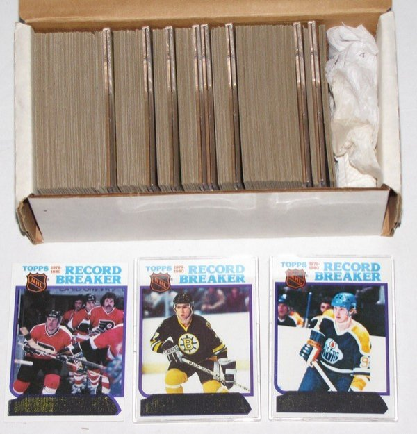 1012: 1980-81 Topps Hockey Complete Set Bourque Rookie