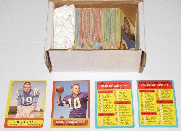 1015: 1963 Topps Football Lot 148 Cards