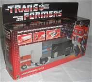 Vtg Transformers Optimus Prime MISB