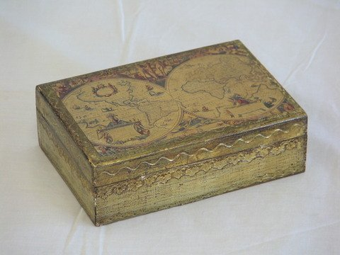 "1005: Decorative wooden box. From Italy. Size- 6"" x 4"""