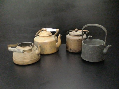 3016: Lot of 4 metal teapots: 1) One cast iron with han
