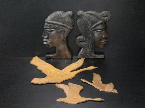 4005: Set of 5 wooden carvings: Three intricately carve