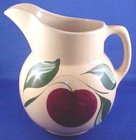 1022: No.16 Watt Pottery Pitcher Apple Pattern 3 Leaf