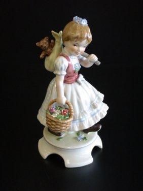 Goebel Lore 240 Garden Princess, Figurine # 7/612