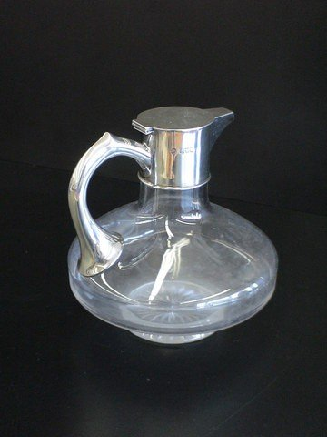 1020: Crystal pot with Silver spout & handle touch mark