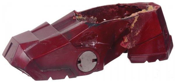 8: Iron Man Mark III Right Foot