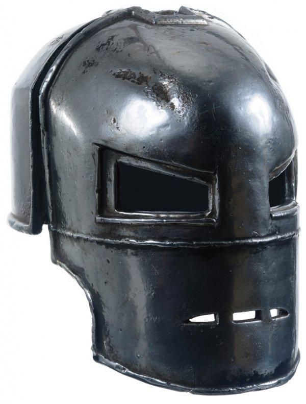 18: Hero Mark I Mask from Desert