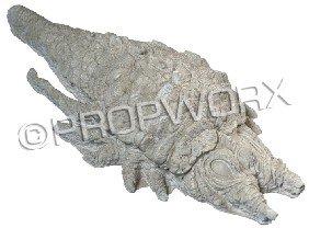 17: Ceti Eel Plaster Cast