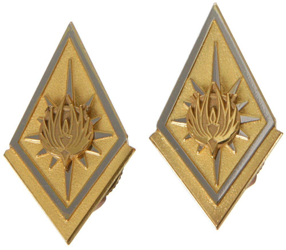 83: Battlestar Galactica Screen Used Colonel Rank Pin