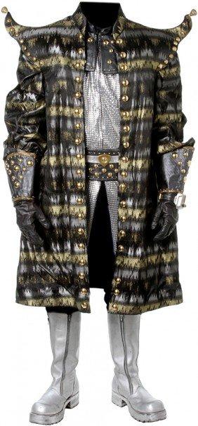 8: Star Trek: Voyager Lonzak Costume