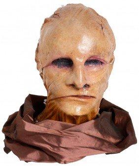 12: Star Trek: The Experience Sona Bust